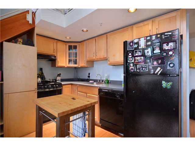 "Photo 4: 302 933 SEYMOUR Street in Vancouver: Downtown VW Condo for sale in ""THE SPOT"" (Vancouver West)  : MLS(r) # V920608"