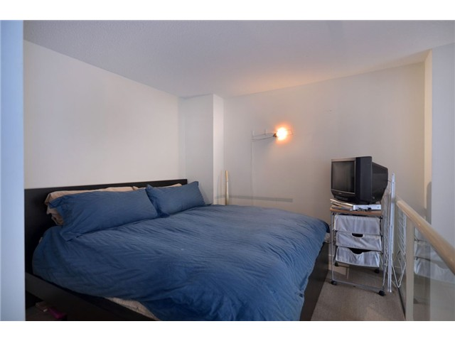 "Photo 5: 302 933 SEYMOUR Street in Vancouver: Downtown VW Condo for sale in ""THE SPOT"" (Vancouver West)  : MLS(r) # V920608"