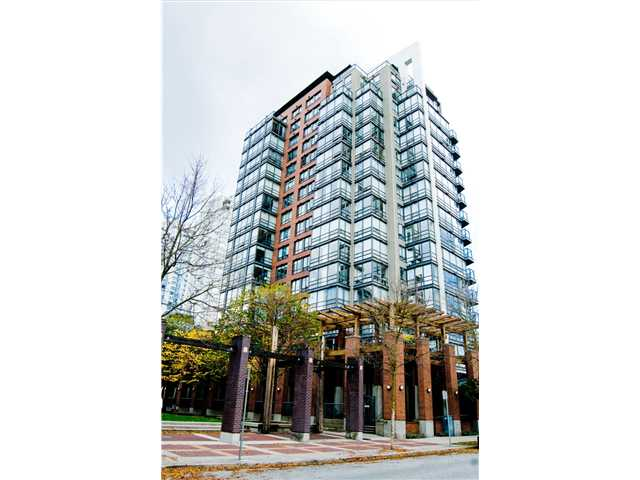 Main Photo: 3E 139 DRAKE Street in Vancouver: Yaletown Condo for sale (Vancouver West)  : MLS®# V977028