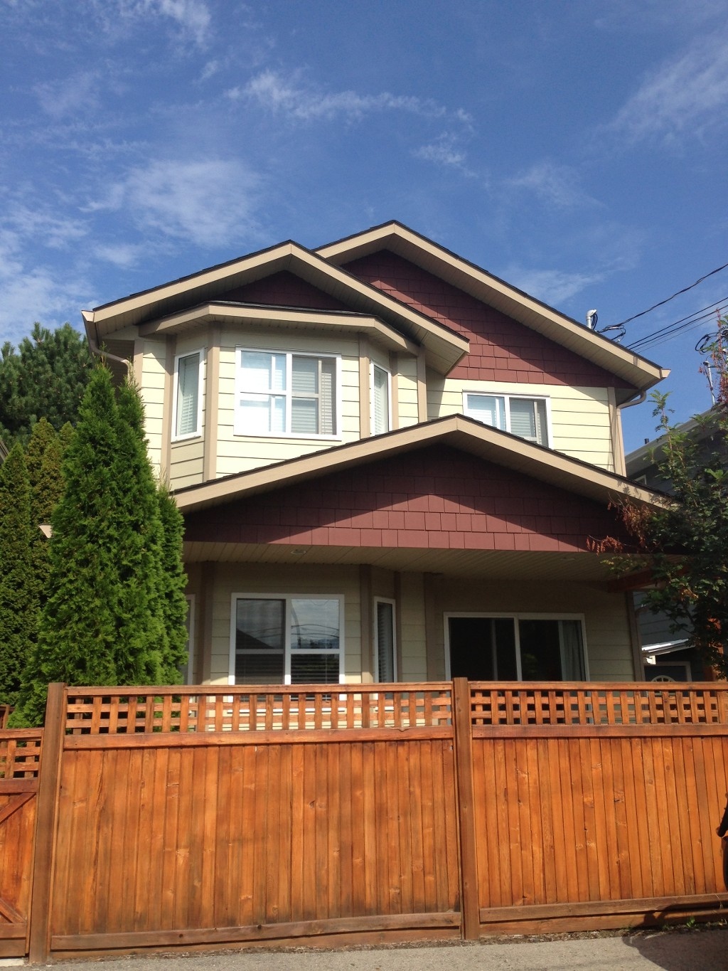 Main Photo: #102 - 512 Westminster Avenue in Penticton: Main North Residential Attached for sale : MLS(r) # 145361