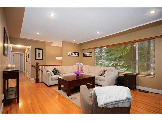 Photo 23: 2774 WILLIAM Avenue in North Vancouver: Lynn Valley House for sale : MLS® # V1041458