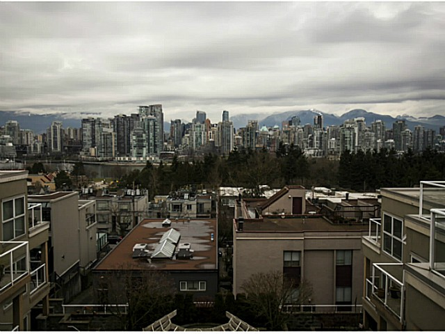 "Photo 15: 301 933 W 8TH Avenue in Vancouver: Fairview VW Condo for sale in ""SOUTH PORT"" (Vancouver West)  : MLS(r) # V1045299"