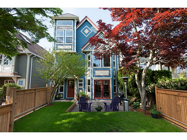 Main Photo: 3291 W 8TH Avenue in Vancouver: Kitsilano House 1/2 Duplex for sale (Vancouver West)  : MLS(r) # V1065859