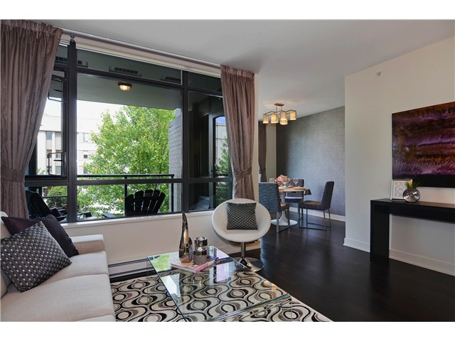 "Photo 3: 215 750 W 12TH Avenue in Vancouver: Fairview VW Condo for sale in ""TAPESTRY"" (Vancouver West)  : MLS® # V1069367"