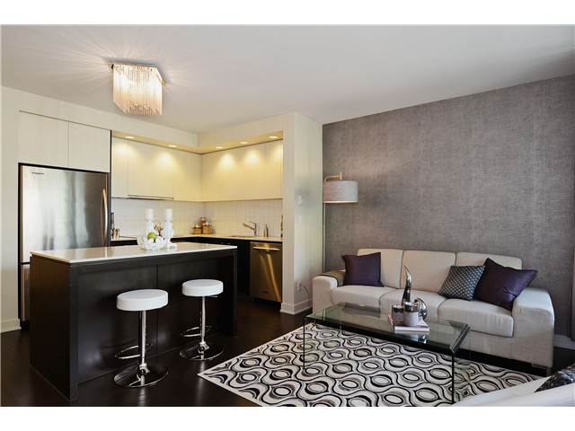 "Main Photo: 215 750 W 12TH Avenue in Vancouver: Fairview VW Condo for sale in ""TAPESTRY"" (Vancouver West)  : MLS® # V1069367"