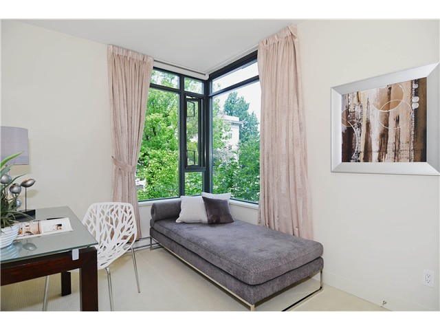 "Photo 10: 215 750 W 12TH Avenue in Vancouver: Fairview VW Condo for sale in ""TAPESTRY"" (Vancouver West)  : MLS® # V1069367"