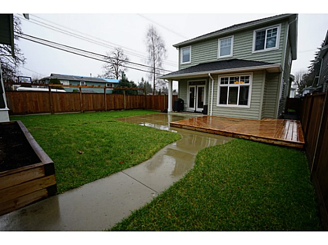Photo 18: 3615 MAGINNIS Avenue in North Vancouver: Lynn Valley House for sale : MLS(r) # V1101514
