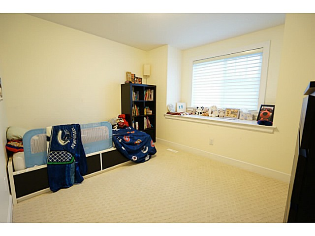 Photo 10: 3615 MAGINNIS Avenue in North Vancouver: Lynn Valley House for sale : MLS(r) # V1101514