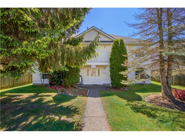 Main Photo: 12242 64TH Avenue in Surrey: Panorama Ridge House for sale : MLS(r) # F1439943