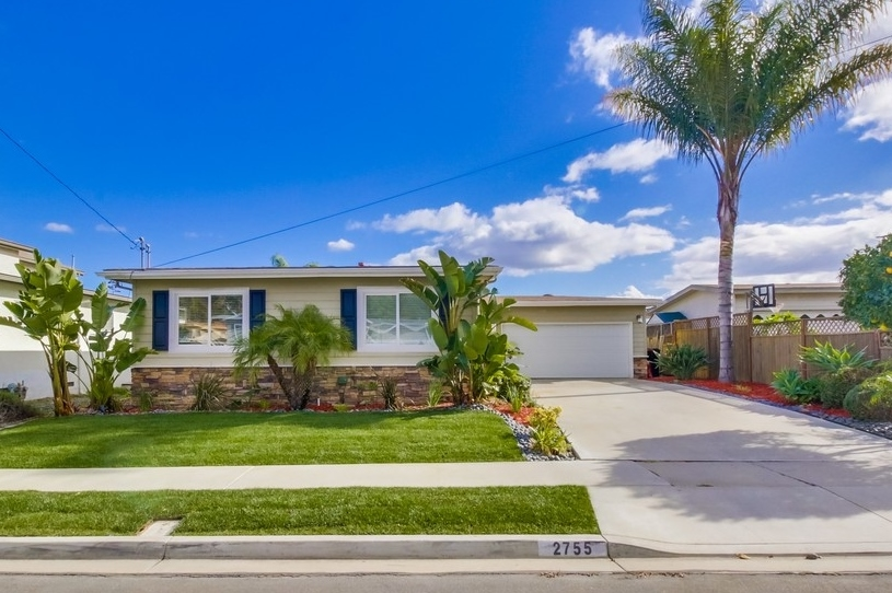 Main Photo: SERRA MESA House for sale : 3 bedrooms : 2755 Kobe in San Diego