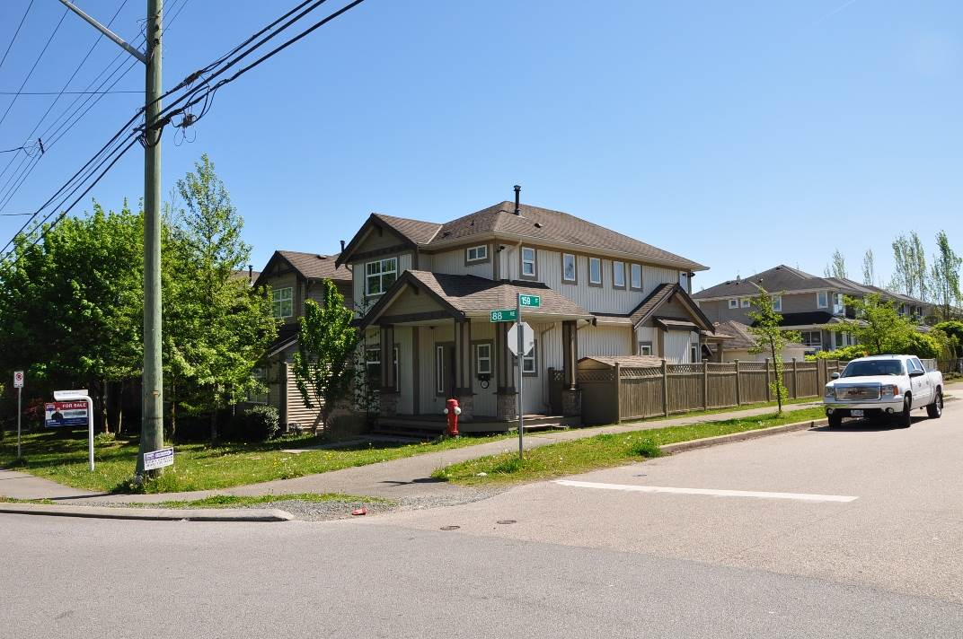 Photo 19: 15902 88 Avenue in Surrey: Fleetwood Tynehead House for sale : MLS® # R2059996