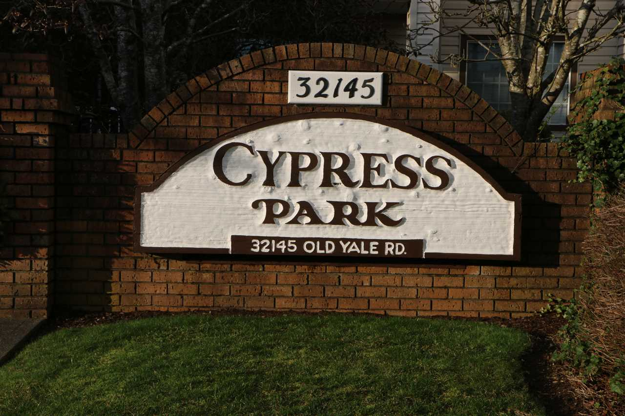 "Main Photo: 208 32145 OLD YALE Road in Abbotsford: Abbotsford West Condo for sale in ""Cypress Park"" : MLS®# R2074179"