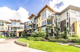 "Main Photo: 109 45389 CHEHALIS Drive in Sardis: Vedder S Watson-Promontory Condo for sale in ""Radius"" : MLS(r) # R2076388"