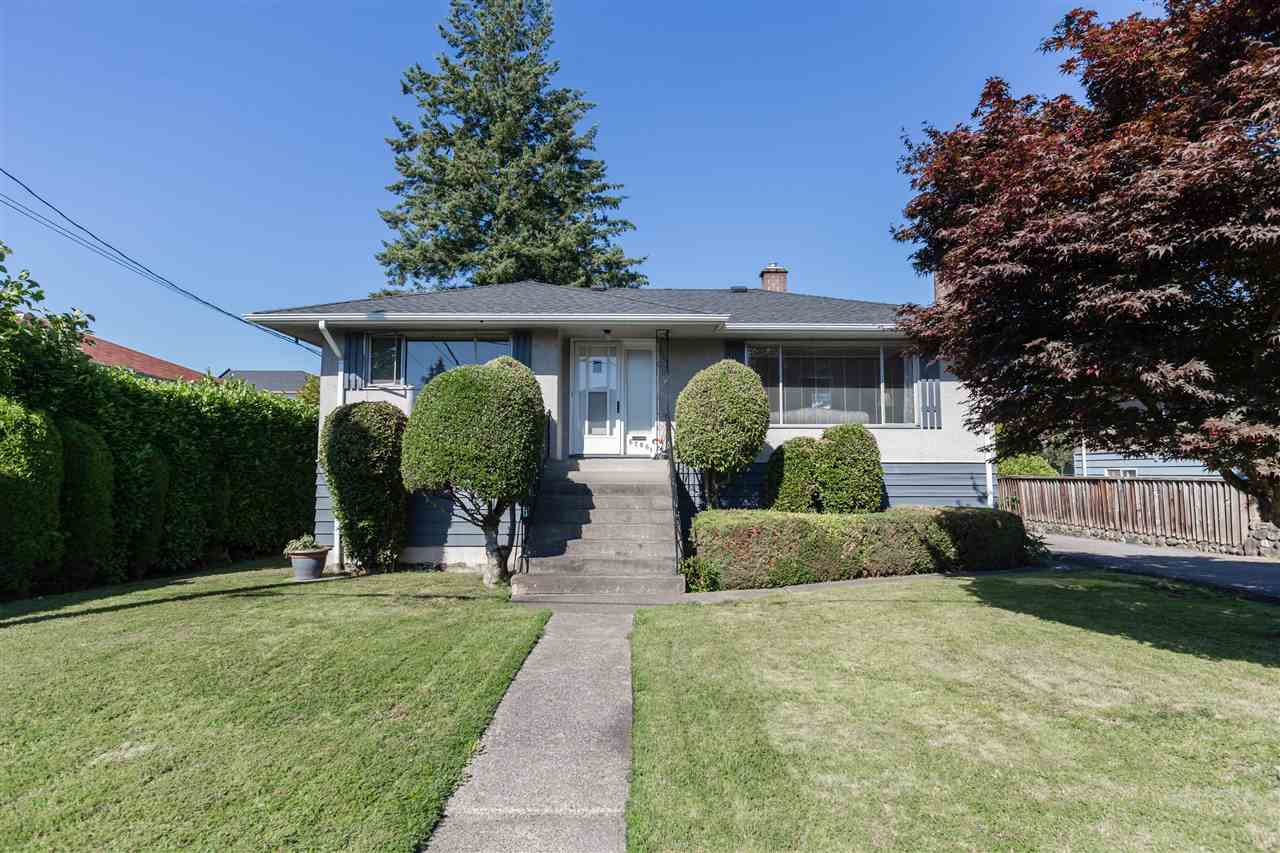 Main Photo: 6706 GORDON Avenue in Burnaby: Highgate House for sale (Burnaby South)  : MLS® # R2086339