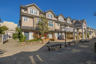 "Main Photo: 26 230 TENTH Street in New Westminster: Uptown NW Townhouse for sale in ""COBBLESTONE WALK"" : MLS(r) # R2107717"
