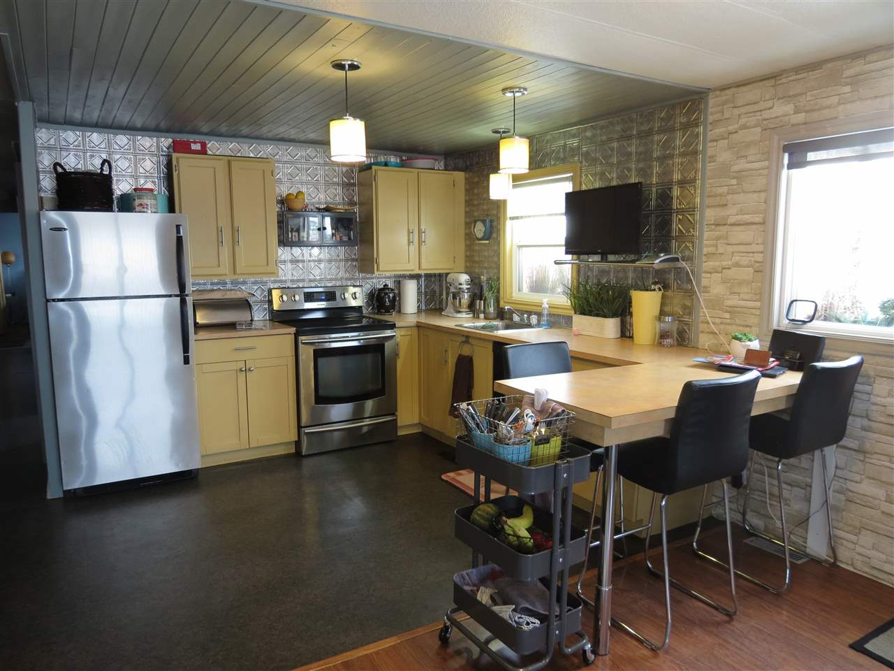 Photo 10: 55231 RR 261: Rural Sturgeon County Manufactured Home for sale : MLS® # E4051426