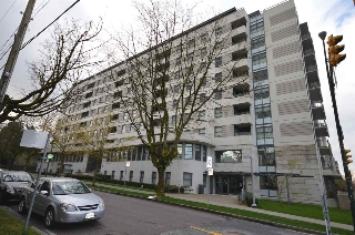 "Main Photo: 204 2851 HEATHER Street in Vancouver: Fairview VW Condo for sale in ""TAPESTRY"" (Vancouver West)  : MLS(r) # R2158021"