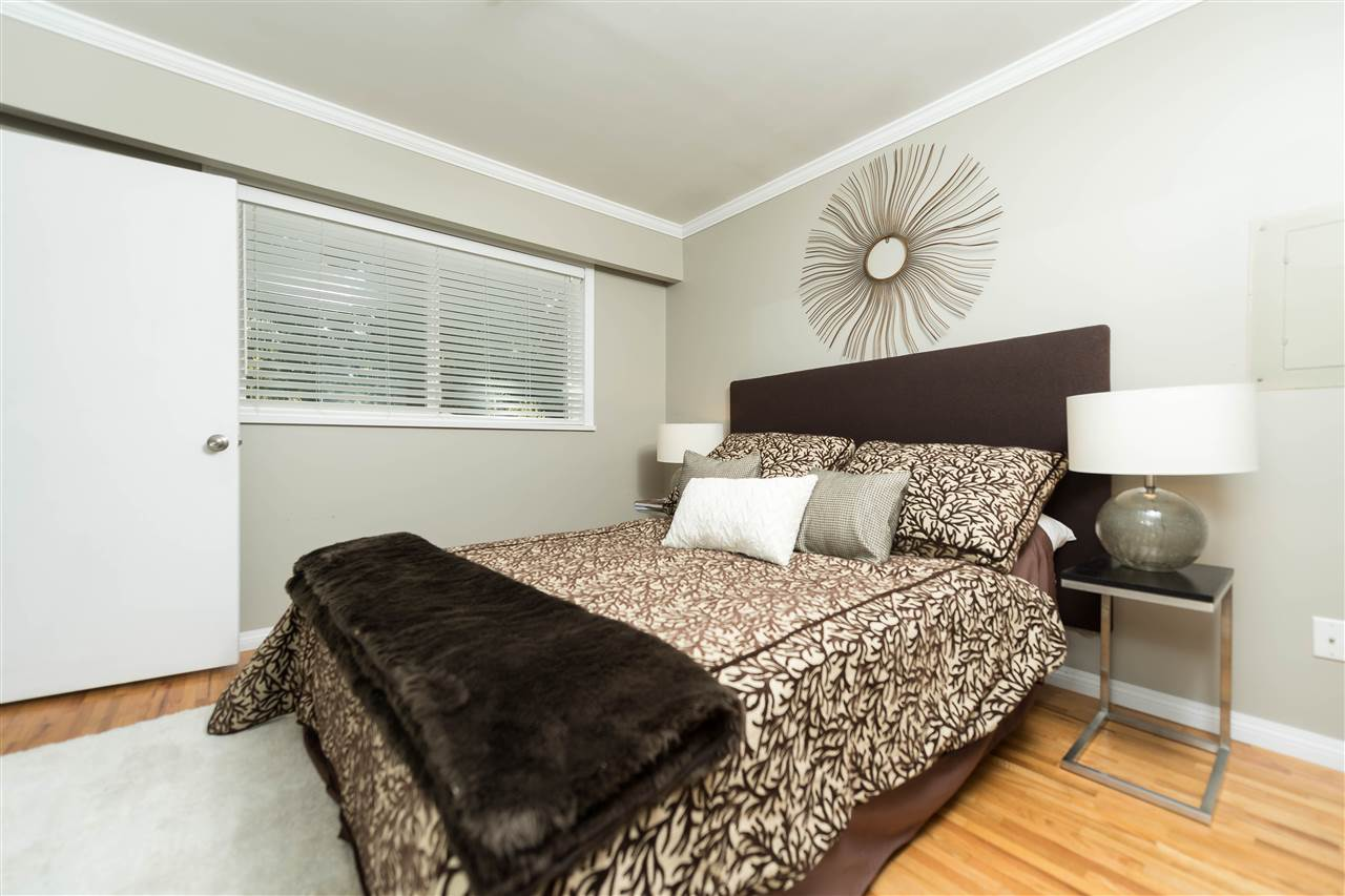 Photo 10: 2479 LAURALYNN Drive in North Vancouver: Westlynn House for sale : MLS(r) # R2158563