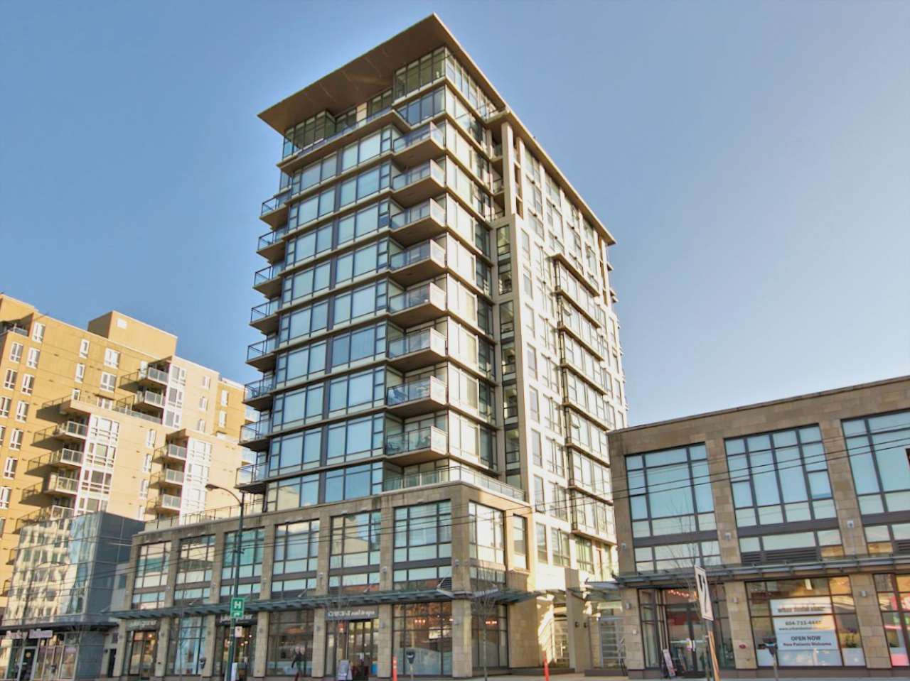 "Photo 14: 1202 1068 W BROADWAY in Vancouver: Fairview VW Condo for sale in ""The Zone"" (Vancouver West)  : MLS(r) # R2163759"