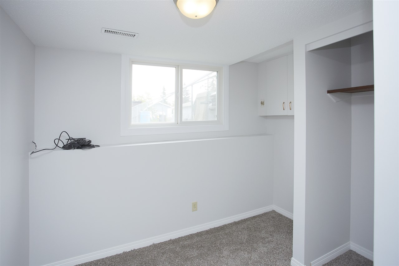 Photo 10: 10305/07 157 Street in Edmonton: Zone 21 House Duplex for sale : MLS(r) # E4063061