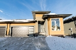 Main Photo: 4517 190A Street in Edmonton: Zone 20 House Triplex for sale : MLS® # E4064728