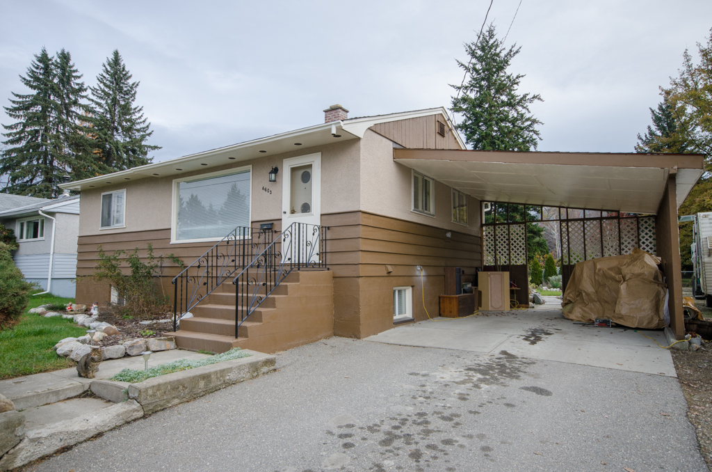 Photo 4: 4603 17th Street in Vernon: Harwood House for sale (North Okanagan)