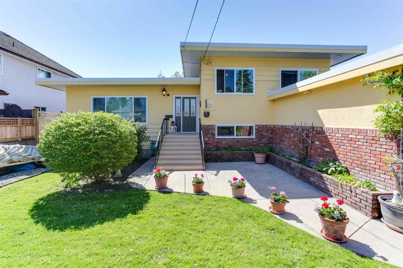 "Photo 2: 4567 48B Street in Delta: Ladner Elementary House for sale in ""LADNER ELEMENTARY"" (Ladner)  : MLS(r) # R2169829"
