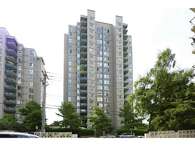 "Main Photo: 601 420 CARNARVON Street in New Westminster: Downtown NW Condo for sale in ""Carnarvon Place"" : MLS® # R2171298"