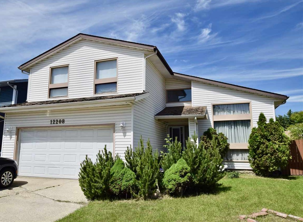 Main Photo: 12208 144 Avenue in Edmonton: Zone 27 House for sale : MLS® # E4069848