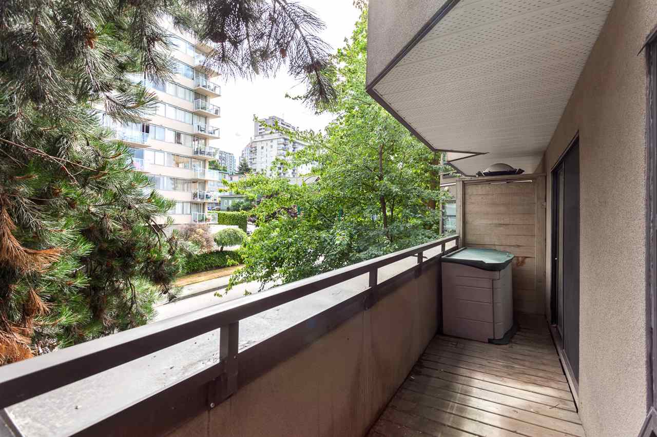 "Photo 15: 409 1106 PACIFIC Street in Vancouver: West End VW Condo for sale in ""Westgate landing"" (Vancouver West)  : MLS® # R2188911"