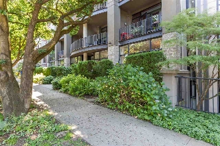 "Main Photo: 9 2156 W 12TH Avenue in Vancouver: Kitsilano Condo for sale in ""Metro"" (Vancouver West)  : MLS(r) # R2189666"