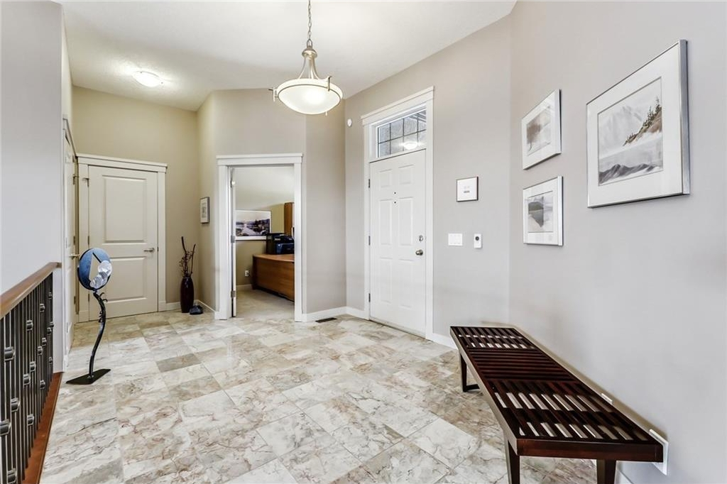 Front Foyer / Marble Heated floor /Office