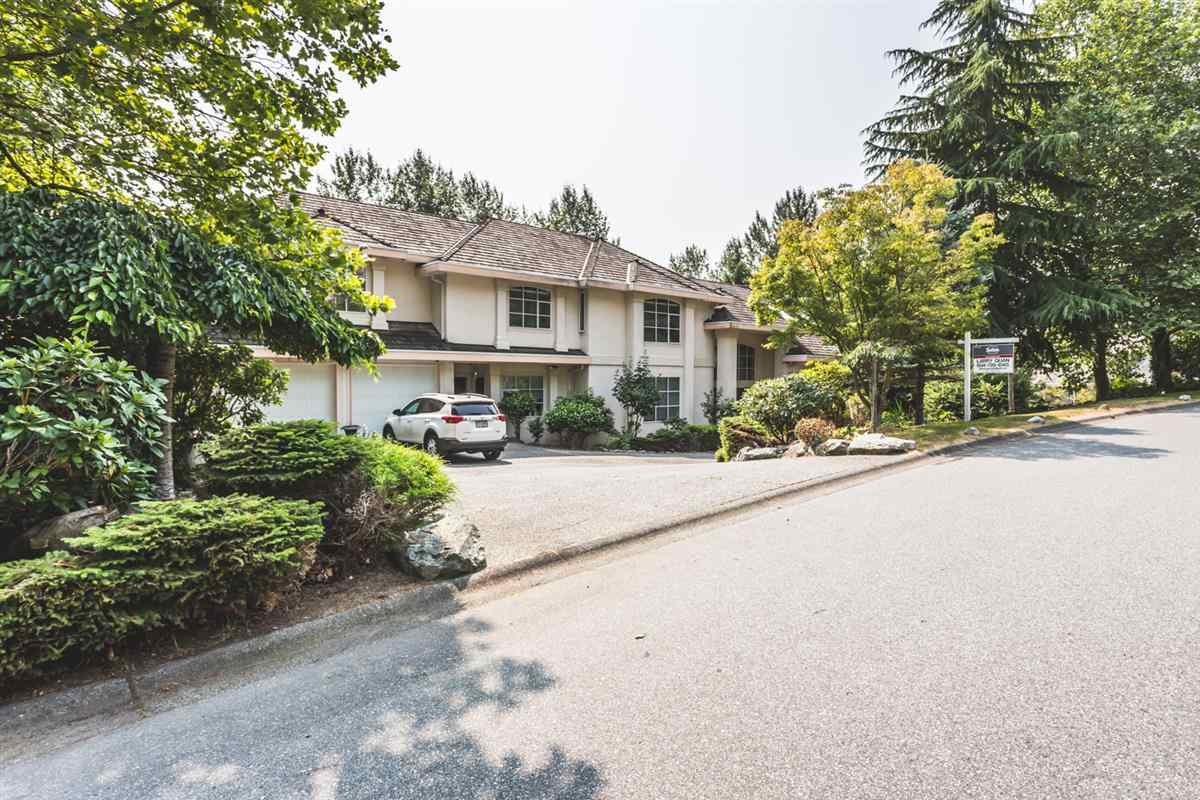 Main Photo: 13554 55A Avenue in Surrey: Panorama Ridge House for sale : MLS® # R2193366