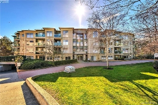 Main Photo: 216 535 Manchester Road in VICTORIA: Vi Burnside Condo Apartment for sale (Victoria)  : MLS® # 381911