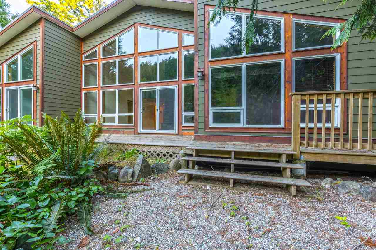 Main Photo: 14 13651 CAMP BURLEY ROAD in Pender Harbour: Pender Harbour Egmont House for sale (Sunshine Coast)  : MLS® # R2188463