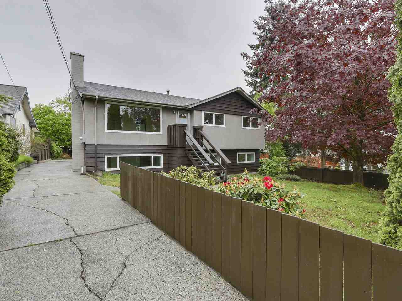 Main Photo: 371 BLUE MOUNTAIN Street in Coquitlam: Maillardville House for sale : MLS® # R2198034