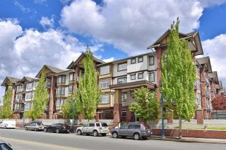 "Main Photo: 131 5660 201A Street in Langley: Langley City Condo for sale in ""Paddington Station"" : MLS® # R2223438"