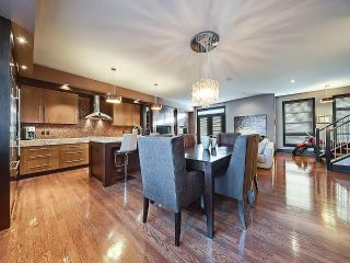 Main Photo: 1616 37 Avenue SW in Calgary: Altadore House for sale : MLS® # C4147617