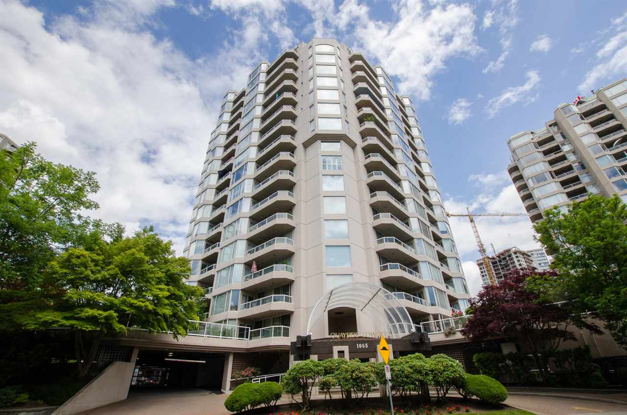 "Main Photo: 1103 1065 QUAYSIDE Drive in New Westminster: Quay Condo for sale in ""QUAY TOWER II"" : MLS®# R2273724"