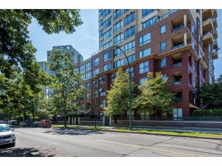 Main Photo: 213 3588 VANNESS Avenue in Vancouver: South Vancouver Condo for sale (Vancouver East)  : MLS®# R2301634