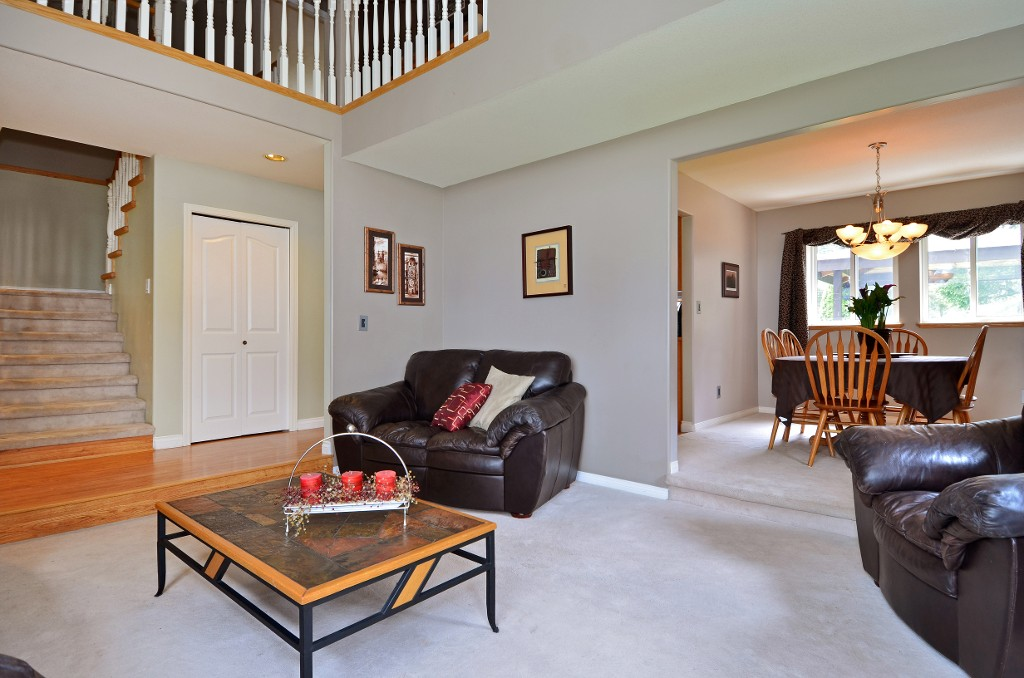"Photo 10: 20812 43 Avenue in Langley: Brookswood Langley House for sale in ""Cedar Ridge"" : MLS(r) # F1413457"