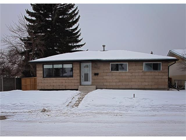 Main Photo: 9835 ALCOTT Road SE in Calgary: Acadia House for sale : MLS® # C4045268