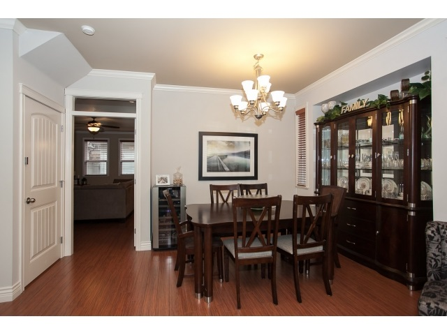 Photo 6: 19473 67A Avenue in Surrey: Clayton House for sale (Cloverdale)  : MLS(r) # R2035469