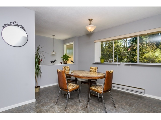 "Photo 6: 1172 CHATEAU Place in Port Moody: College Park PM Townhouse for sale in ""CHATEAU PLACE"" : MLS® # R2056264"