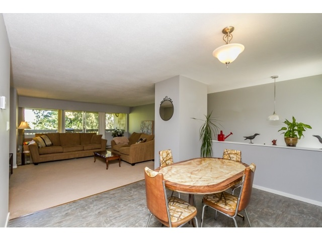 "Photo 7: 1172 CHATEAU Place in Port Moody: College Park PM Townhouse for sale in ""CHATEAU PLACE"" : MLS® # R2056264"