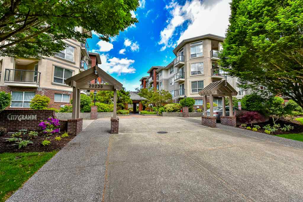 FEATURED LISTING: 112 - 20259 MICHAUD Crescent Langley