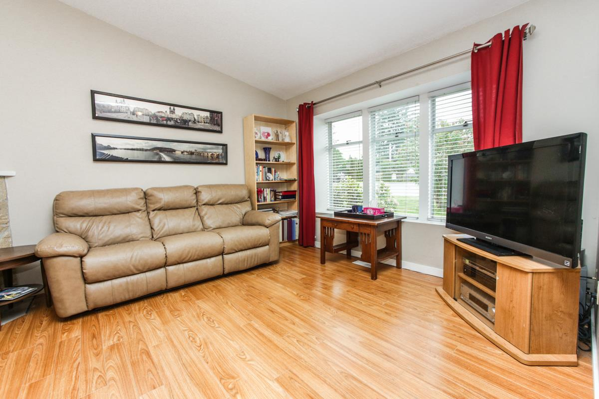 Photo 6: 20345 115 Avenue in Maple Ridge: Southwest Maple Ridge House for sale : MLS(r) # R2072649