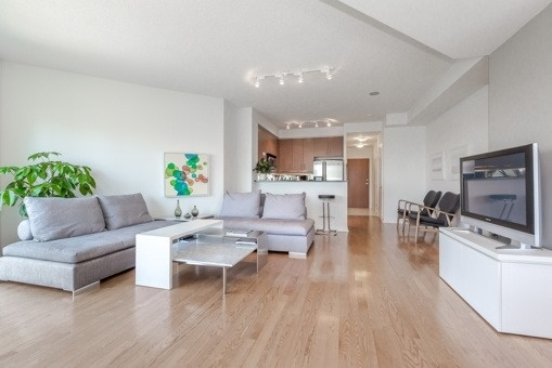 Photo 16: 2910 300 E Bloor Street in Toronto: Rosedale-Moore Park Condo for sale (Toronto C09)  : MLS(r) # C3505793