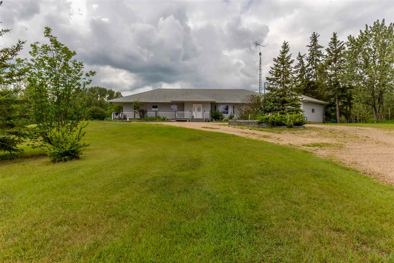Photo 2: 51308A RGE RD 263A RD: Rural Parkland County House for sale : MLS® # E4028432