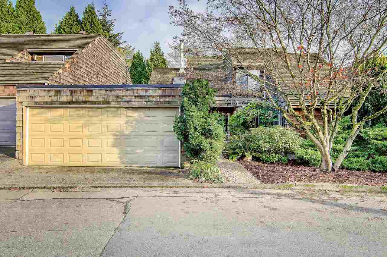 "Main Photo: 3669 BORHAM Crescent in Vancouver: Champlain Heights Townhouse for sale in ""THE UPLANDS"" (Vancouver East)  : MLS®# R2123929"